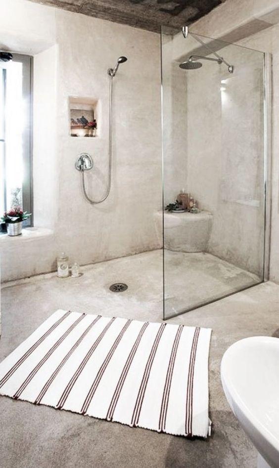sol salle de bain ciment ciré